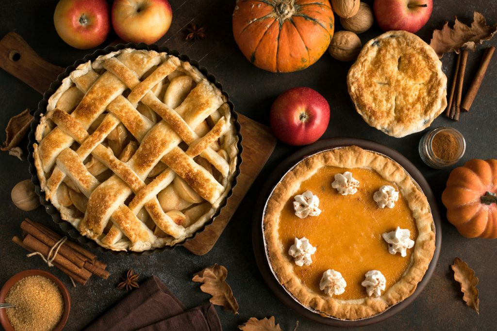 Thanksgiving pumpkin and apple pie